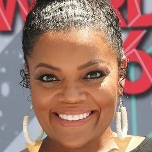 Yvette Nicole Brown Husband