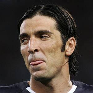 Gianluigi Buffon 1 of 7