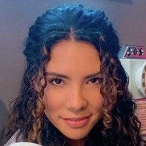 Andrea Camila 1 of 10