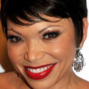 Tisha Campbell-Martin 1 of 8