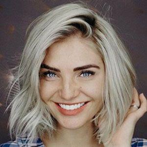 Olivia Caridi 1 of 4