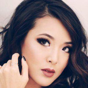 Jen Chae 1 of 5