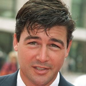 Kyle Chandler 1 of 10