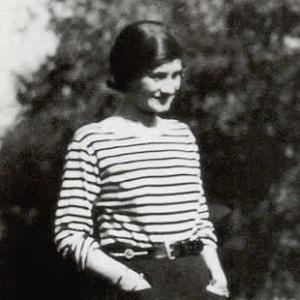 coco chanel bio facts family famous birthdays. Black Bedroom Furniture Sets. Home Design Ideas