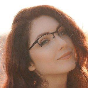 Kaitlin Chapple Headshot 1 of 2
