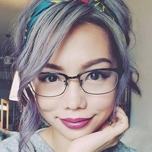 Jenn Chia 1 of 6