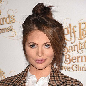Amy Childs 1 of 10