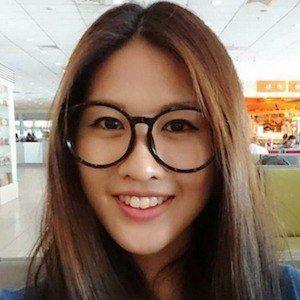 Leona Chin 1 of 3