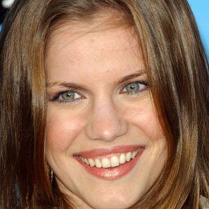 Anna Chlumsky real cell phone number