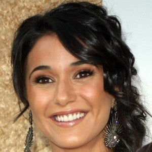 Emmanuelle Chriqui 1 of 10