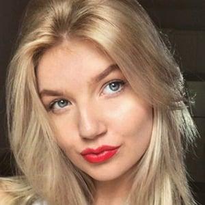 Anna-Lisa Christiane 1 of 6