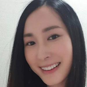 Paige Chua 1 of 5