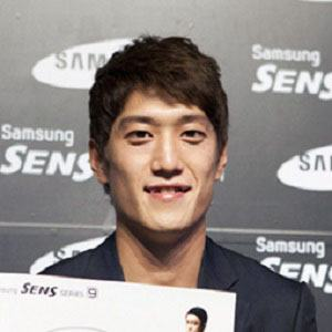 Lee Chung-yong Headshot