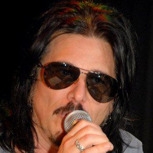 Gilby Clarke 1 of 4