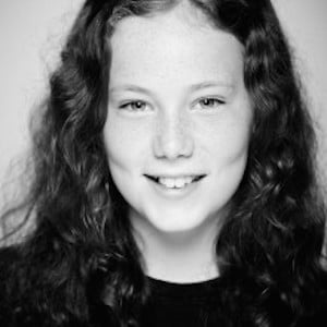 Isabel Clifton Headshot