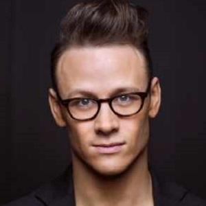 Kevin Clifton 1 of 4