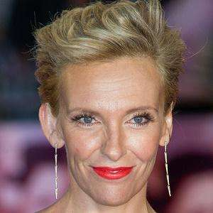 Toni Collette 1 of 9