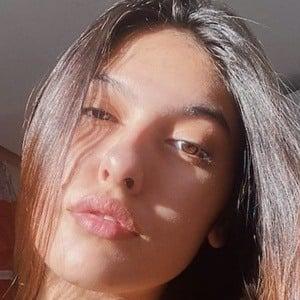 Fernanda Concon 1 of 5
