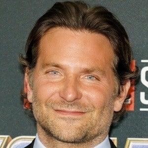 Bradley Cooper 1 of 10
