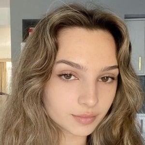 Luiza Cordery 1 of 7