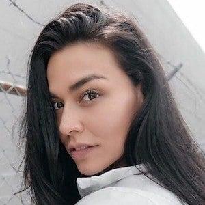 Erica Lugo 1 of 10