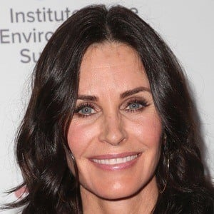 Courteney Cox 1 of 10