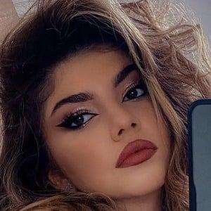 Cezara Cristescu 1 of 8