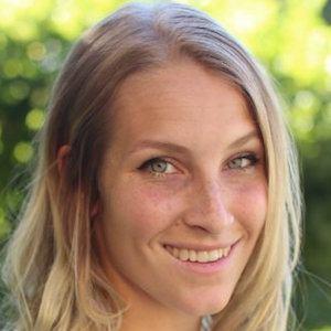 Lindsay Cummings 1 of 6