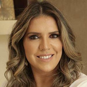 Cintia Cunha 1 of 5