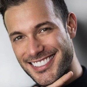 Daniel Barona Headshot