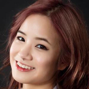 Kim Dao 1 of 8