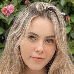 Ana Paula De León 1 of 6