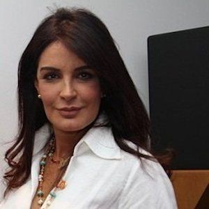 Gloria Delgado Headshot