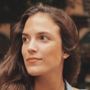 Paloma Derteano 1 of 2