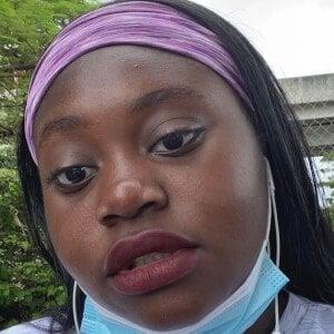 Destiny Makayla Headshot 1 of 10