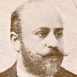Julio Deutsch Headshot