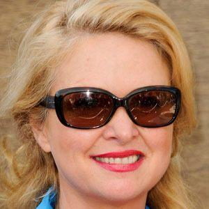 Donna Dixon 1 of 4