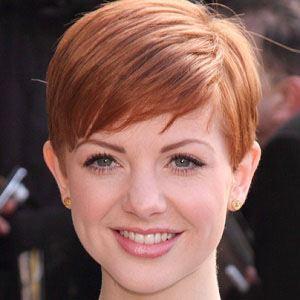 Lucy Dixon Headshot