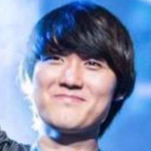 Shin Dong Won 1 of 6