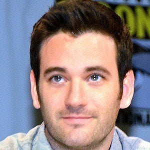 Colin Donnell 1 of 4