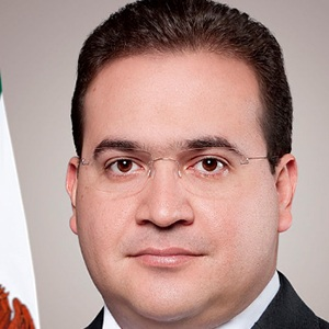 Javier Duarte de Ochoa Headshot