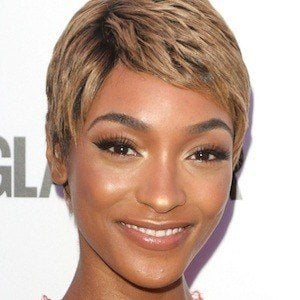 Jourdan Dunn 1 of 10