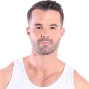 Simon Dunn 1 of 10