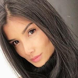 Daniela Duque 1 of 5