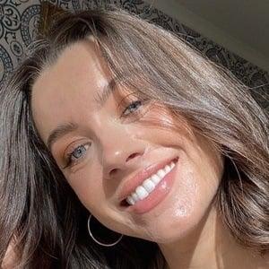 Madeleine Edwards 1 of 5