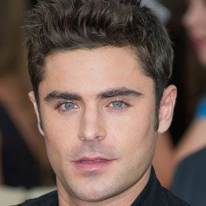 Zac Efron 1 of 8
