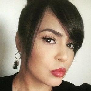 Layla El 1 of 10