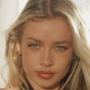 Mia Ellingsen 1 of 10