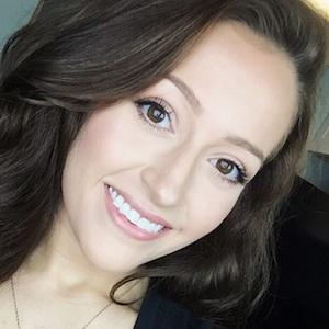 Chloe Emanuelle Headshot