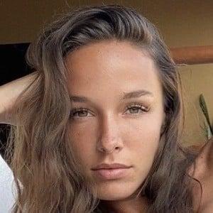 Carlota Enseñat 1 of 3